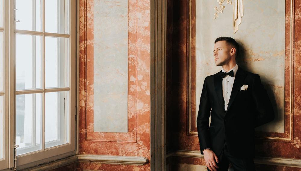 Markus Riva сыграл свадьбу в клипе