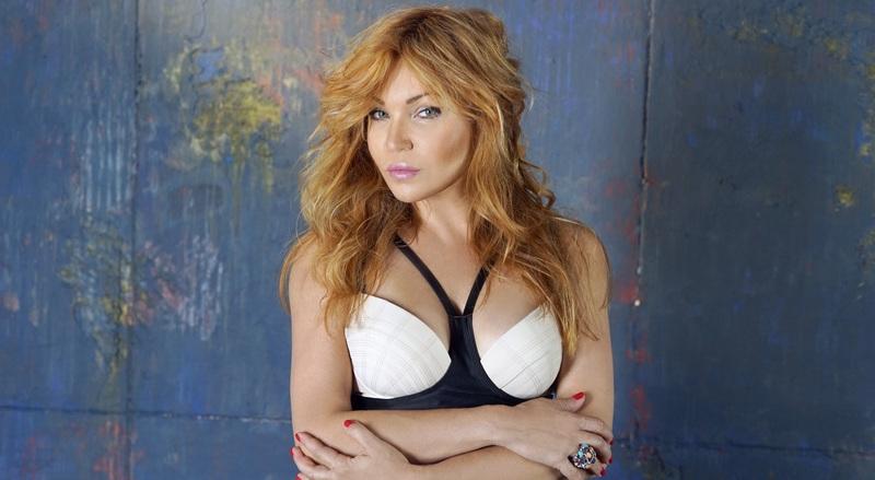 Маша Малиновская похвасталась купальником от украинской певицы Lilu (фото)