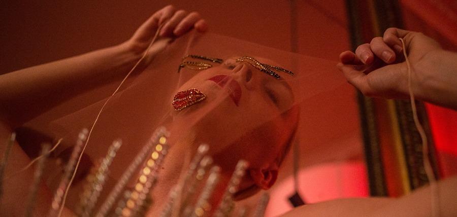 FROLOV представил коллекцию посвященную девственности, чистоте и непорочности