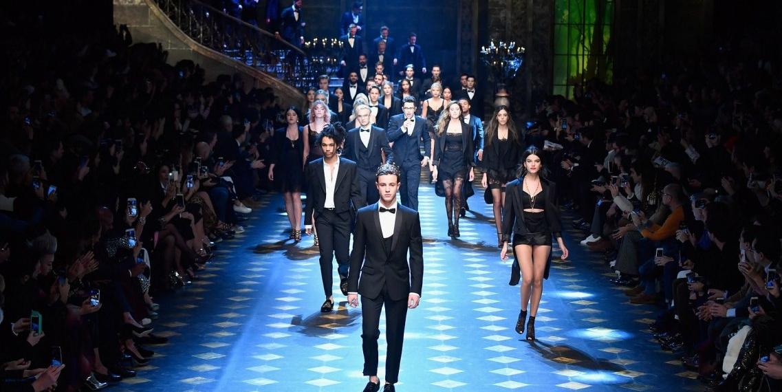 Показ новой мужской коллекции Dolce & Gabbana осень-зима 2017