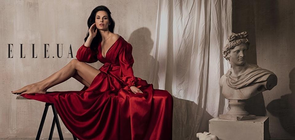 Маша Ефросинина на обложке июньского номера глянцевого международного журнала ELLE