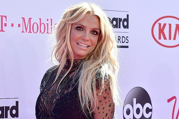 Бритни Спирс выпустит сингл в поддержку своего нового парфюма (видео)
