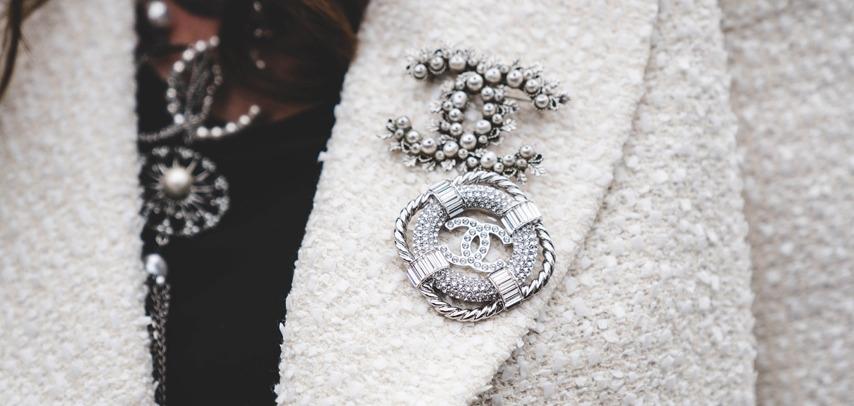 Проститься красиво: Образы гостей показа последней коллекции Карла Лагерфельда для Chanel