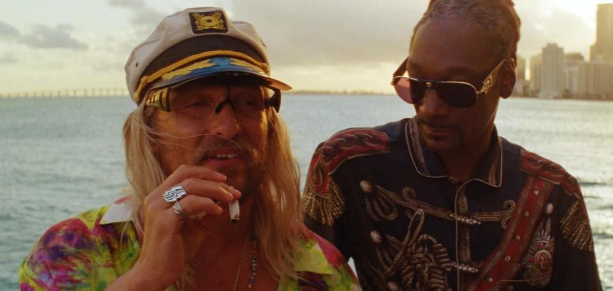 Мэттью МакКонахи и Snoop Dogg наслаждаются жизнью и марихуаной в отвязной комедии «Пустопляс»: Смотрите украинский трейлер