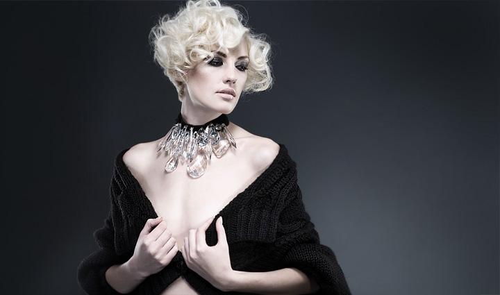 Впервые в Украине: выставка платьев haute couture бренда Victoria Gres -