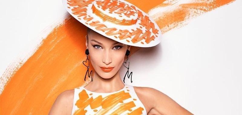 Дизайнерский эскиз: Moschino «нарисовали» Беллу Хадид