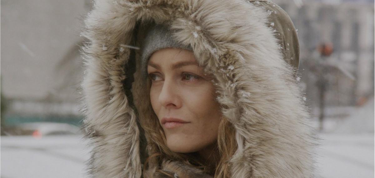 Ванесса Паради заблудилась в киевском лесу в новом видео на песню Kiev