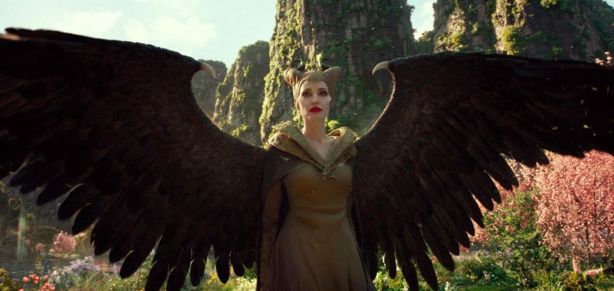 Анджелину Джоли подстрелили: Disney поделился первым полным трейлером фильма «Малефисента: Госпожа тьмы»