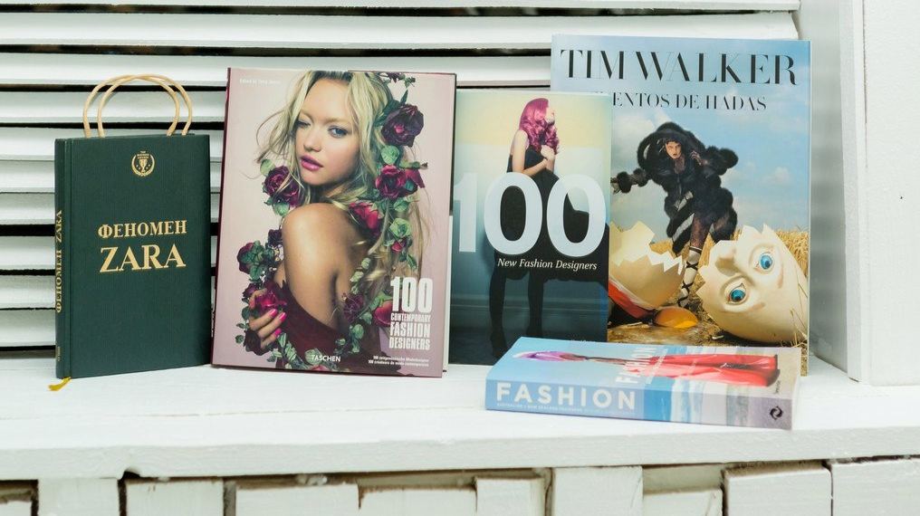 Lookbook ANDRE TAN smart couture FW 17/18 - Art & Sport