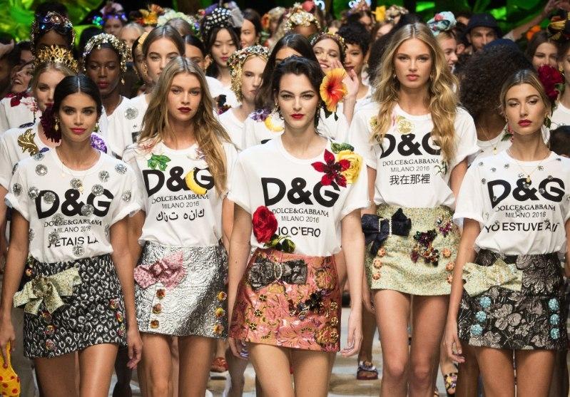 Показ новой коллекции Dolce & Gabbana весна-лето 2017