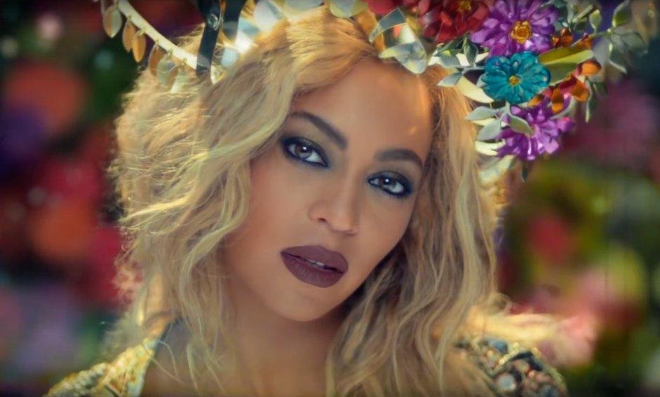 Новый клип на совместную песню Beyonce и Coldplay бьет рекорды по просмотрам!