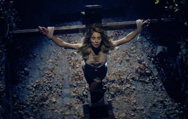 Премьера! LOBODA представила метафорический клип о женской жертвенности