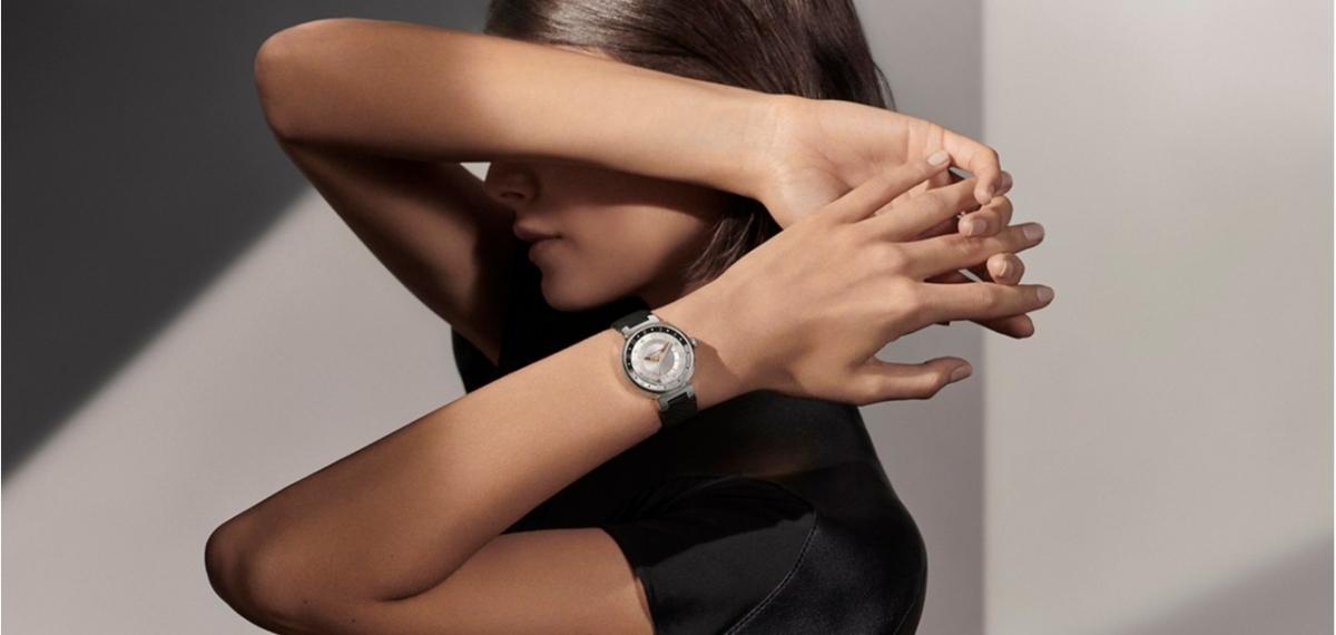 Обратная сторона луны: Louis Vuitton представили эксклюзивную модель часов
