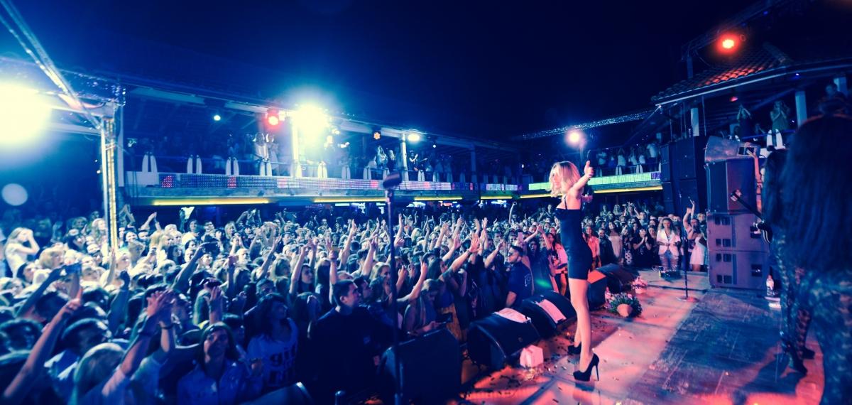 LOBODA извинилась перед фанатами за низкую организацию концерта в Одессе