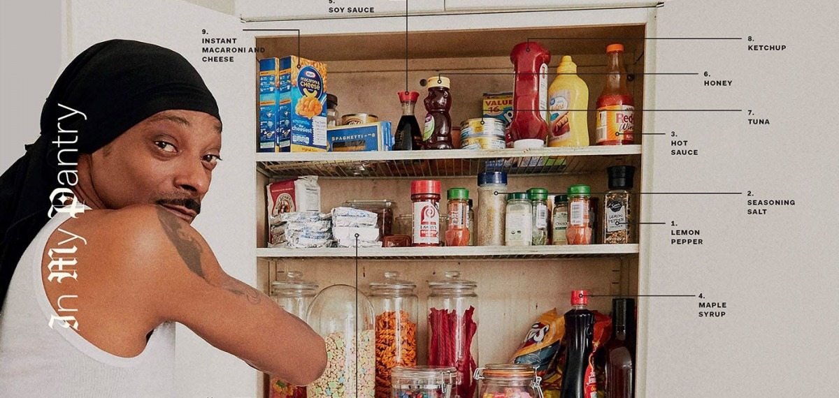 Снуп Догг выпустил кулинарную книгу «От мошенника до кулинара». Отгадаете «секретный ингредиент»?