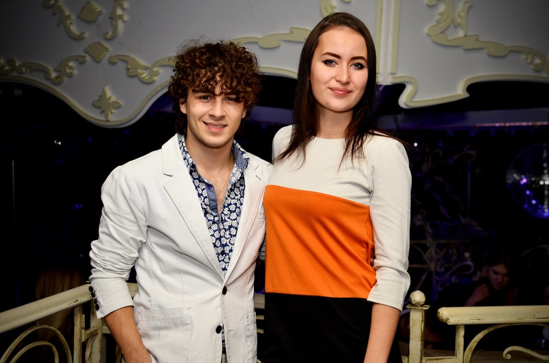 В клубе «KaruseL Сlub» состоялся сольный концерт и презентация клипа Дениса Мусаева.
