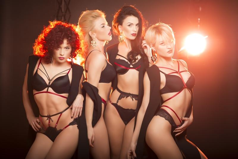 Группа А.R.M.I.A снялась в откровенной фотосессии