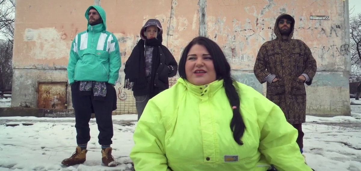 alyona alyona поднимает ставки мощным рэп-манифестом