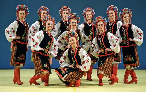 В Октябрьском дворце пройдет концерт «Святкуємо Миколая з Хором ім. Верьовки»