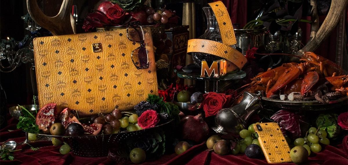 Модный натюрморт: Вкусный кампейн бренда MCM