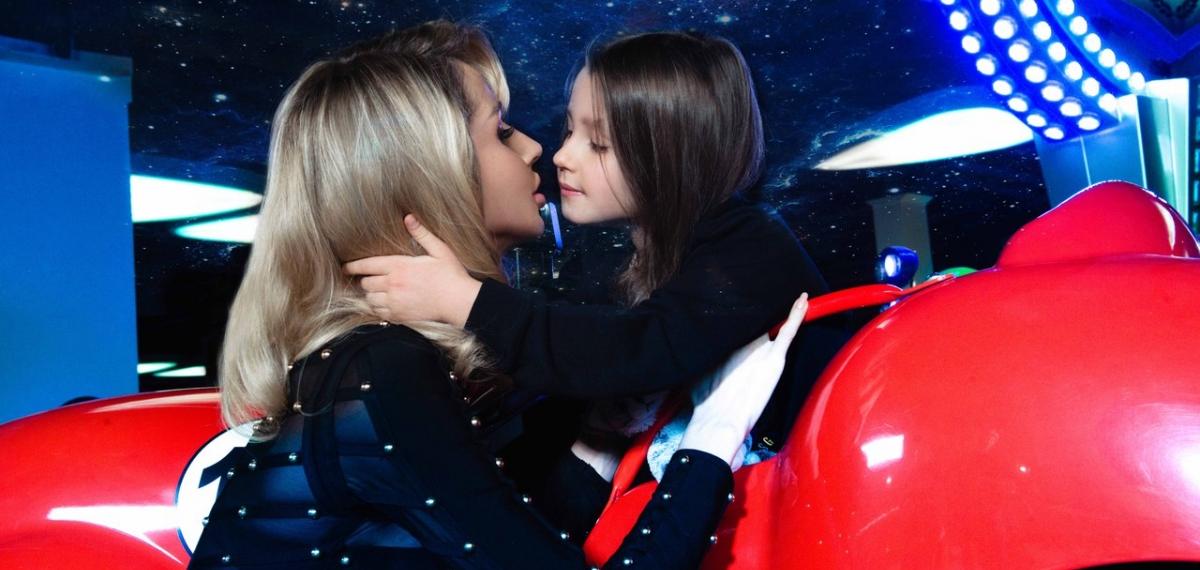 LOBODA с дочерью в новой фотосессии