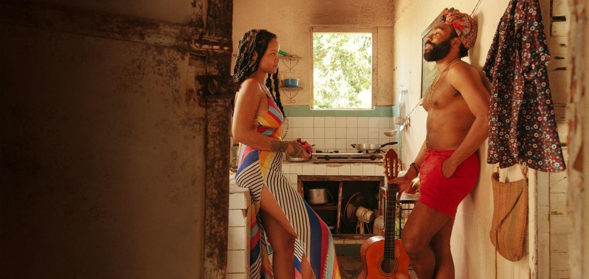 Смотрите фильм Дональда Гловера с участием Рианны + новый клип Summertime Magic