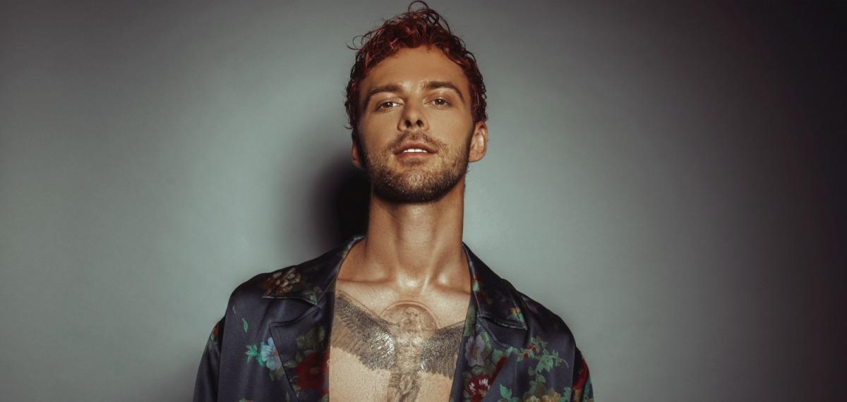 Красные волосы, новая татуировка: Барских удивил новым образом и представил фрагмент сингла