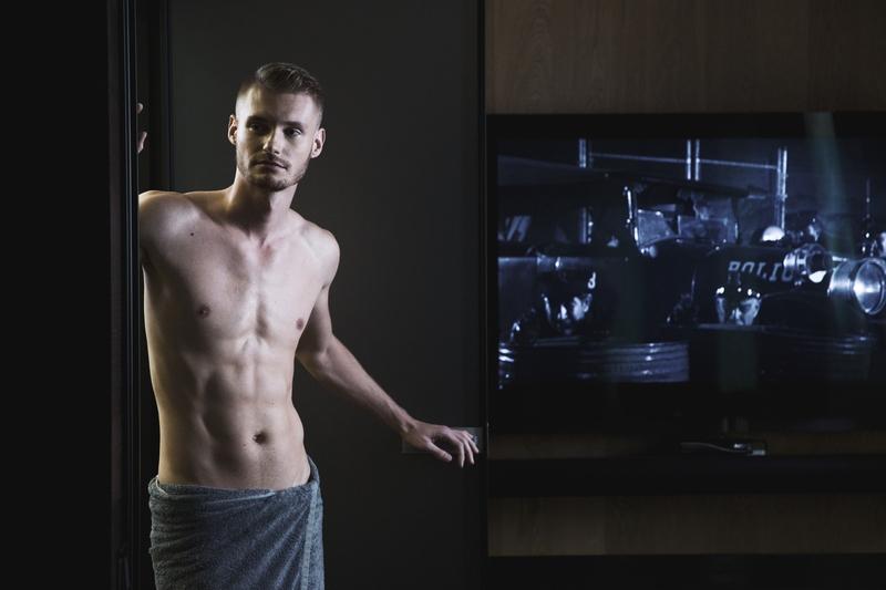 ALEX ZAKHARCHUK презентовал модный хит