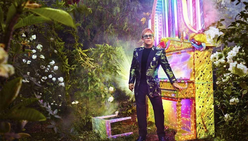 Gucci создадут коллекцию сценических костюмов для прощального тура Элтона Джона
