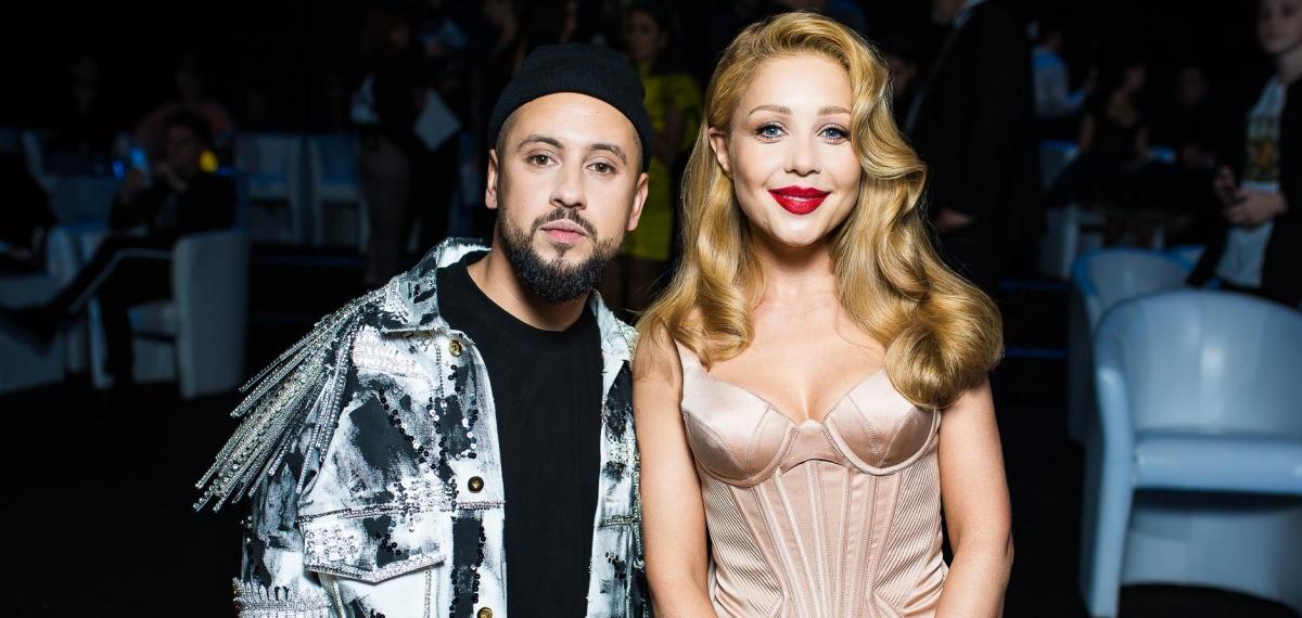 Роскошные платья и эпатажные образы на красной дорожке М1 Music Awards 2019