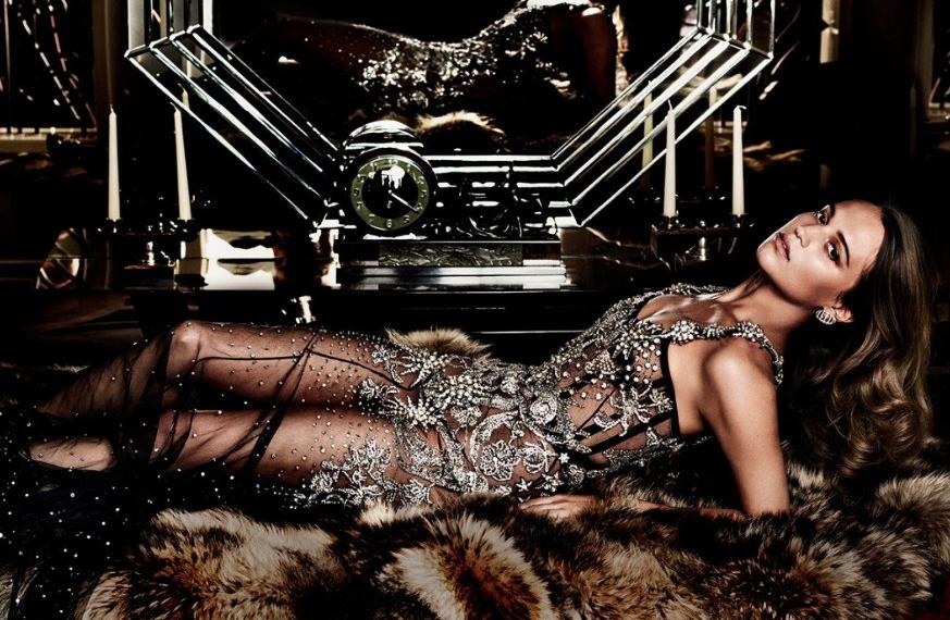 Алисия Викандер в фотосессии для сентябрьского номера Vanity Fair