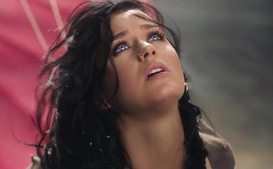 Кэти Перри представила видео на песню