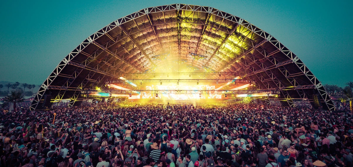 На волне с миром: Смотрите запись онлайн-трансляции крутейшего фестиваля Coachella