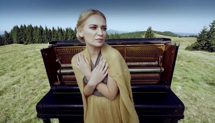 "ALLOISE покорила Украину нежным лирическим видео ""Зірочко"""