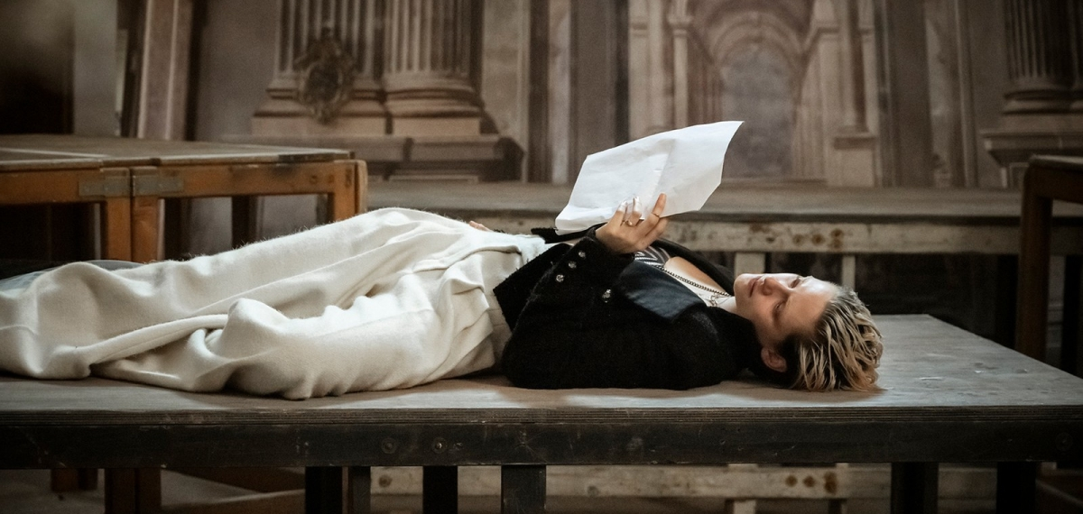 «В поисках Джульетты»: Известные женщины воплотили шекспировскую героиню в культовом Календаре Pirelli
