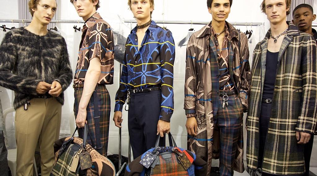 Backstage мужского показа Louis Vuitton S/S 2017