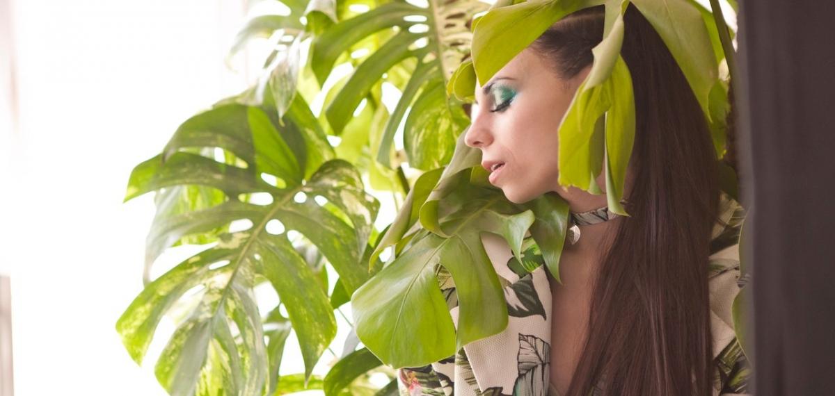 Таня BerQ представила откровенное видео на новую песню «Не Такие»