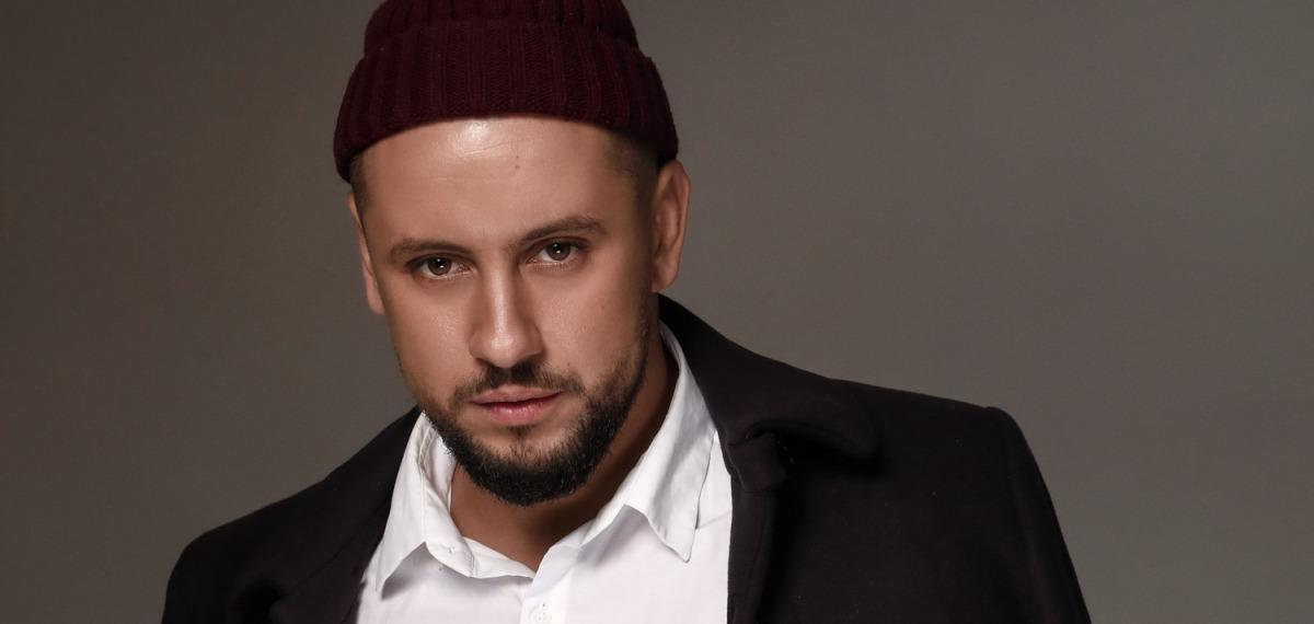 MONATIK стал первым мужчиной на обложке украинского Marie Claire