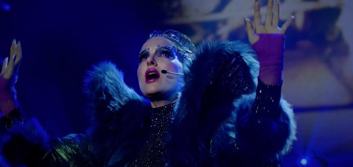 Натали Портман в новом музыкальном видео «Wrapped Up» к фильму «Vox Lux»
