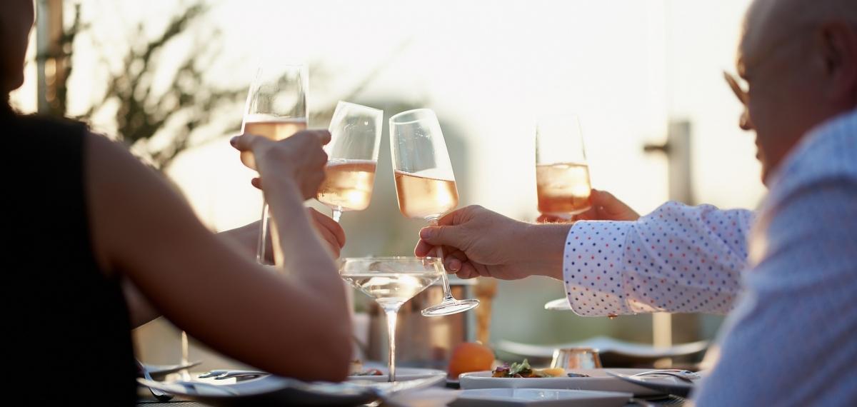 Ресторан Atmosfera: первая атмосферная вечеринка сезона 2021