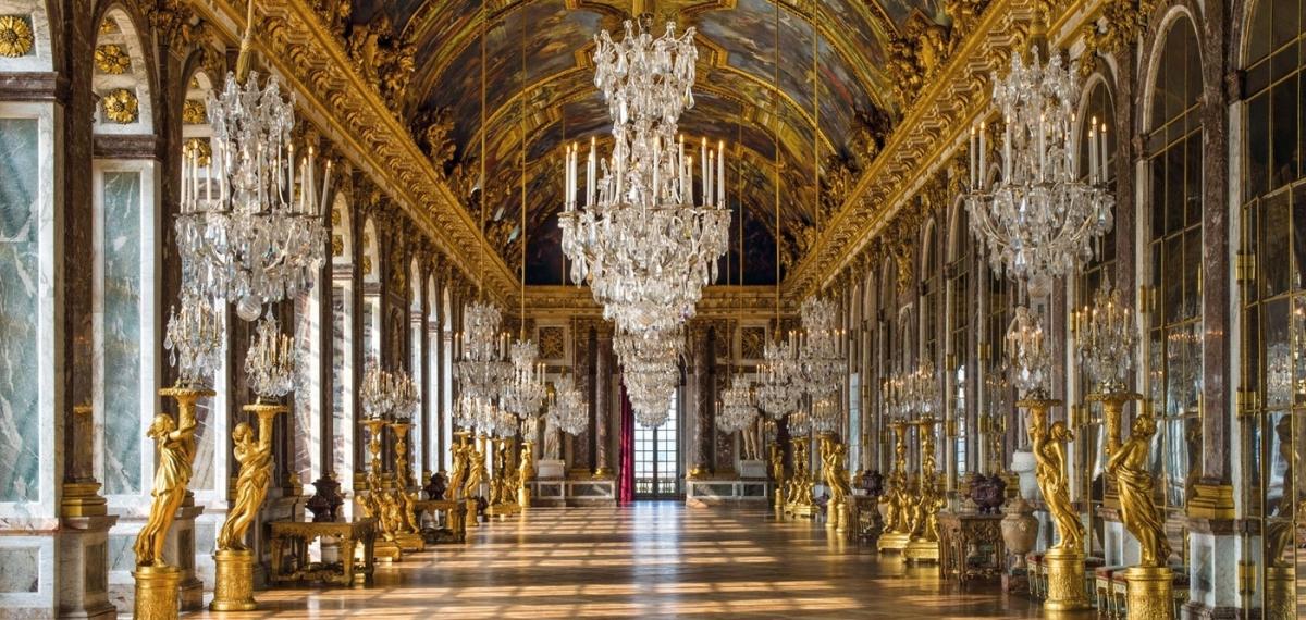 Версальский дворец открывает первый отель. Угадайте, сколько стоит ночь в Le Grand Controle.