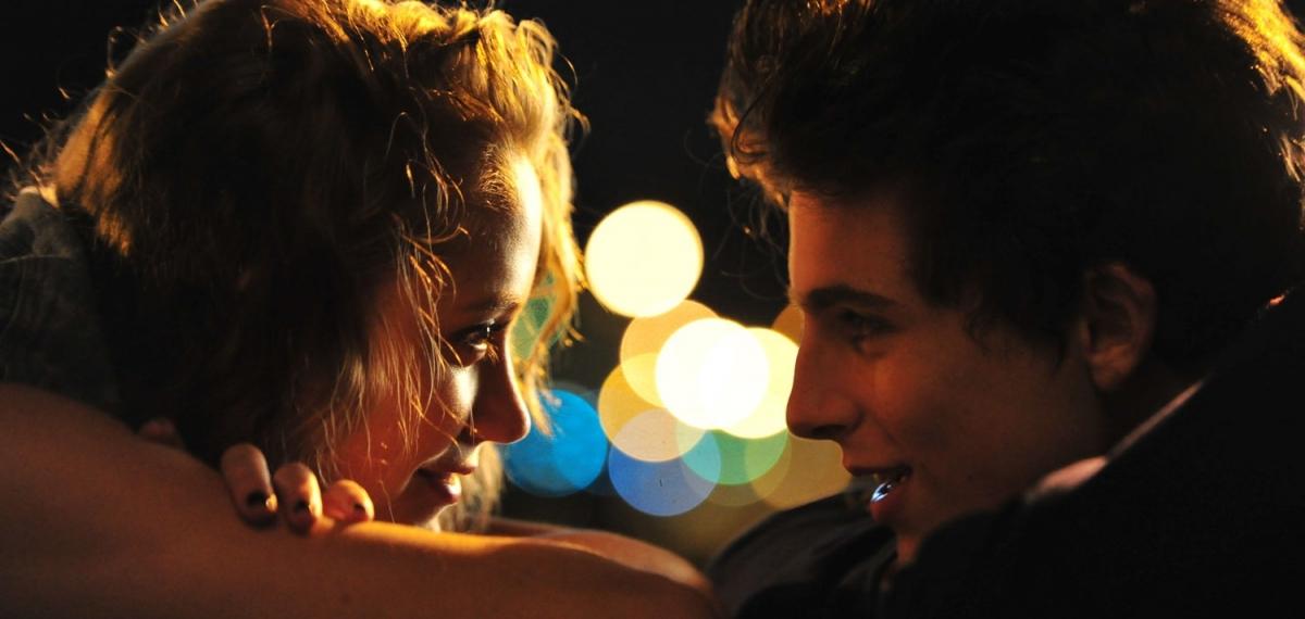 «Жаркие летние ночи»: о чем новый фильм со звездой «Зови меня своим именем»