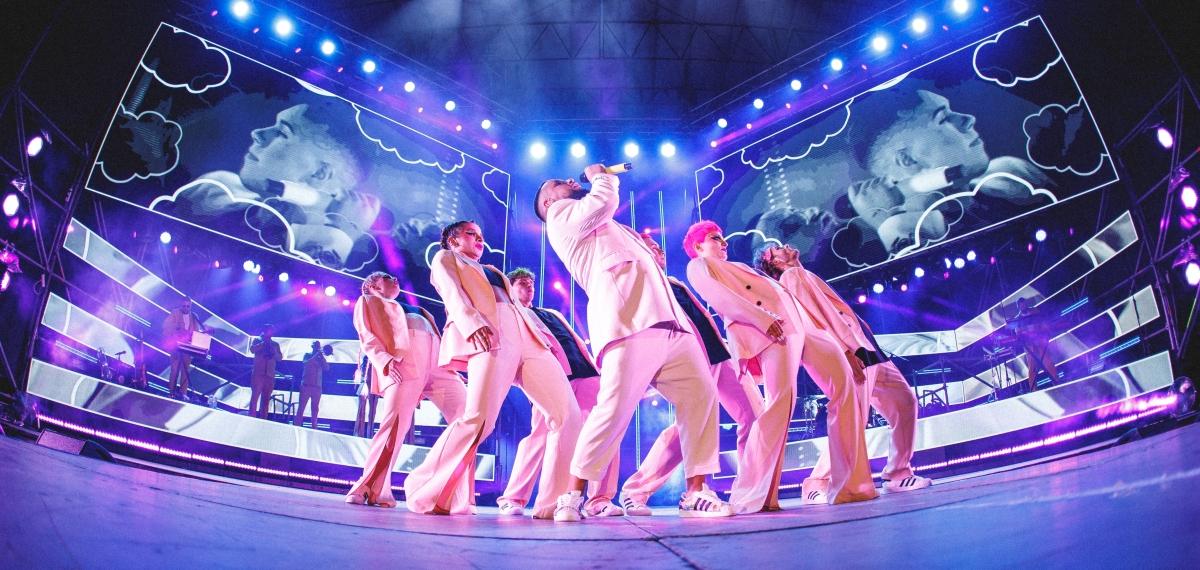 Новогодняя ночь в Майами и шоу в Нью-Йорке на Таймс-Сквер: MONATIK начнет 2022 год в масштабном туре по США!