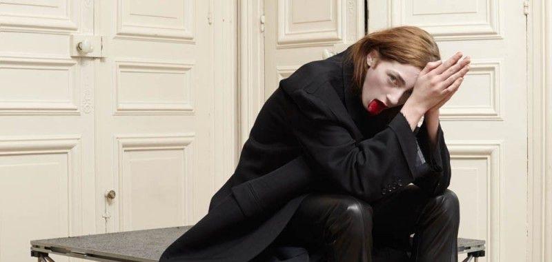 Фэшн-конфликт: Модель Энджи Шербурн обвинила Vetements в эксплуатации ее фото